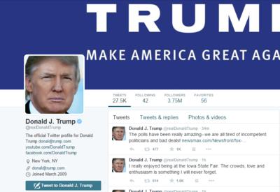 Трампа раскритиковали за ведение политики через Twitter
