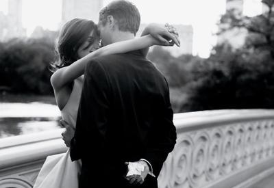 """Как выбрать обручальное кольцо - 3 лайфхака для жениха и невесты <span class=""""color_red"""">- ФОТО</span>"""