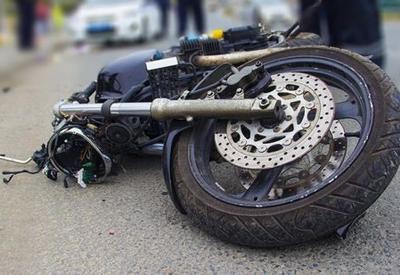 В Баку перевернулся мотоцикл, есть погибший