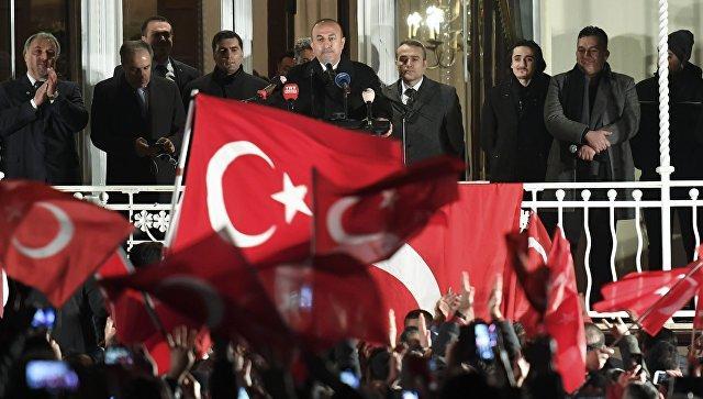 Турция обвинила ФРГ вподдержке Гюлена игоспереворота вАнкаре