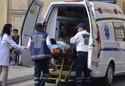 В Баку автомобиль сбил нетрезвого пешехода
