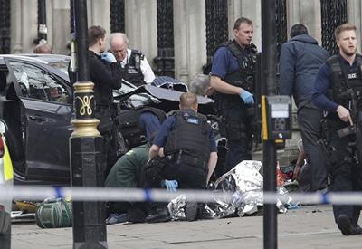 При теракте в Лондоне пострадали три французских лицеиста
