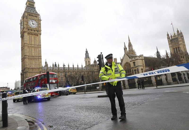 """На колесе обозрения в Лондоне заблокированы сотни туристов <span class=""""color_red"""">- ОБНОВЛЕНО </span>"""