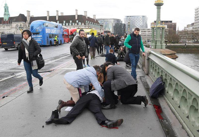 """Теракт у британского парламента в Лондоне: есть погибшие и раненые <span class=""""color_red"""">- ОБНОВЛЕНО - ФОТО  - ВИДЕО</span>"""
