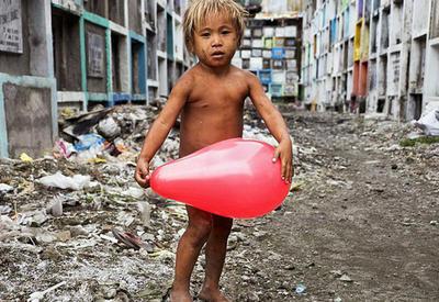 36 невероятных портретов, показывающих, как сильно отличается жизнь детей разных стран мира