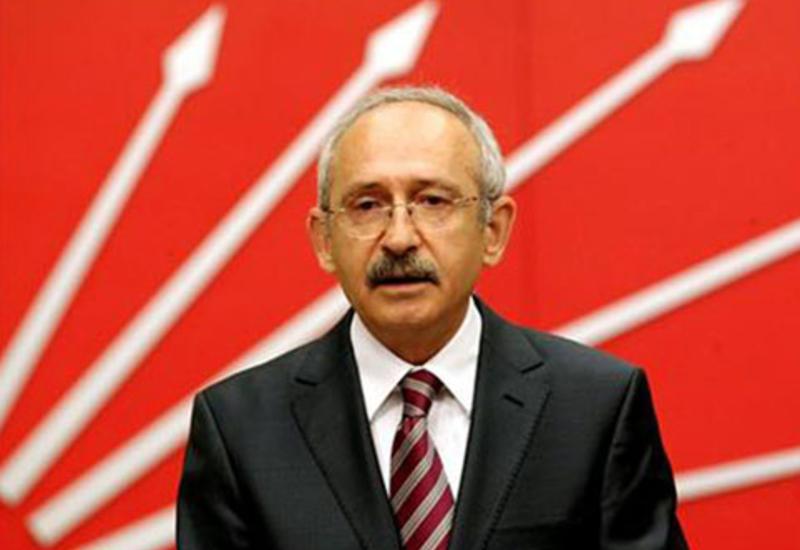 """Kılıçdaroğlu yenə gündəmdə - Bu dəfə zirehli avtomobillə <span class=""""color_red""""> - FOTO</span>"""