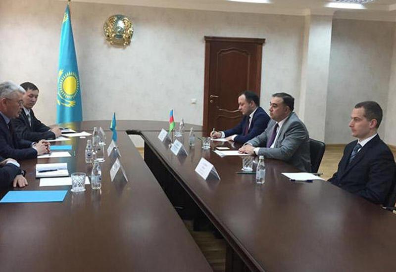 Казахстан интересуется опытом Азербайджана в создании ВПК