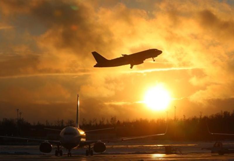 Стюардесса немецкой авиакомпании заменила пилота, которому стало плохо