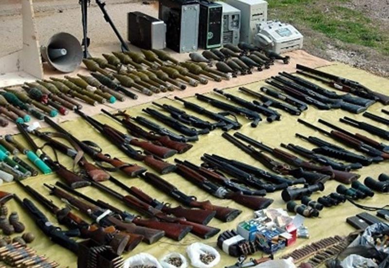 В Азербайджане у жителей конфисковали оружие и боеприпасы
