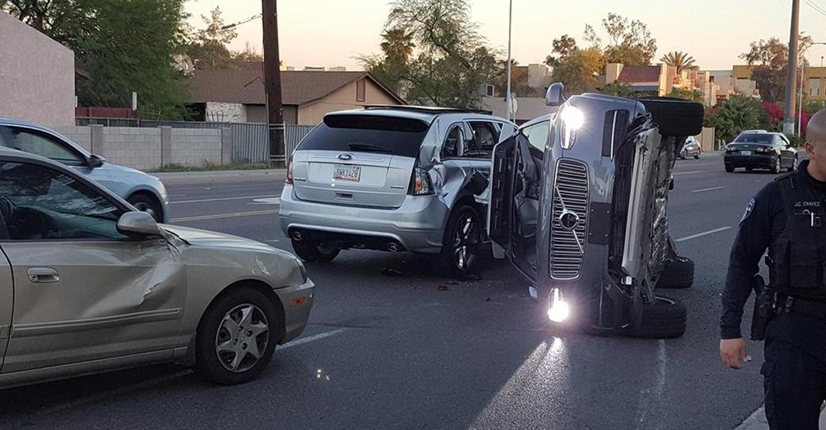 Тестирования беспилотных авто Uber возобновлены