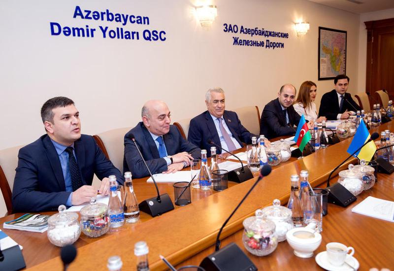 Джавид Гурбанов: Через Азербайджан грузы из Индии попадут в Европу всего за неделю
