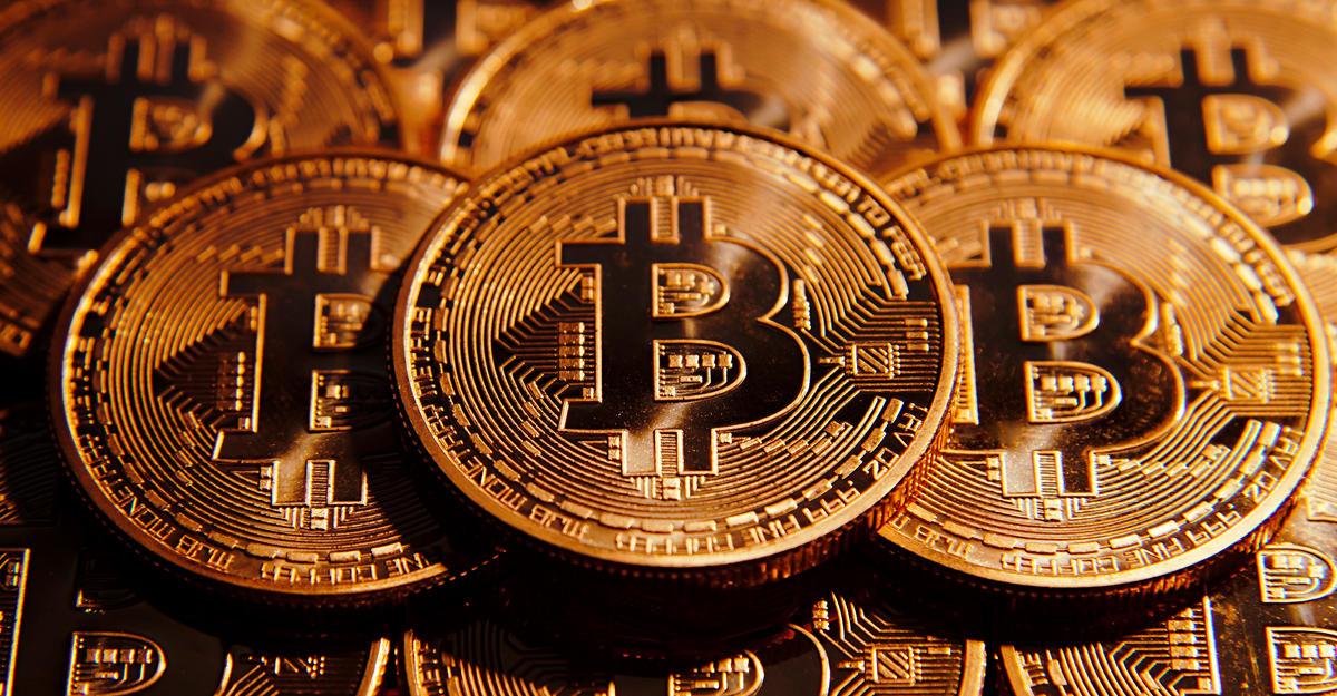ВЯпонии биткоин стал официальным платежным средством