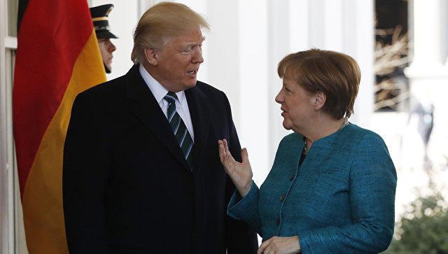 Трамп пояснил казус срукопожатием навстрече сМеркель