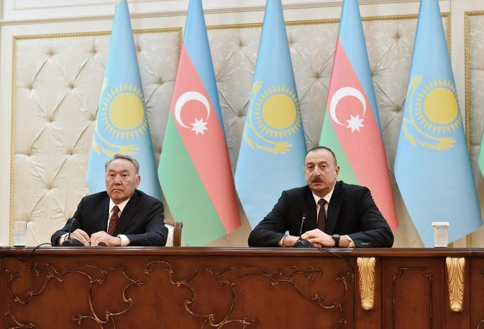 Азербайджан иКазахстан подписали пакет документов, направленных надвустороннее развитие