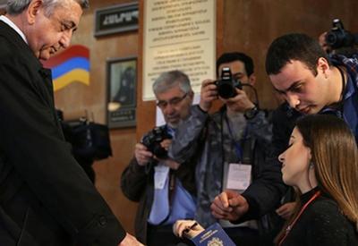 Саргсян снова опозорился - теперь на выборах мэра Еревана
