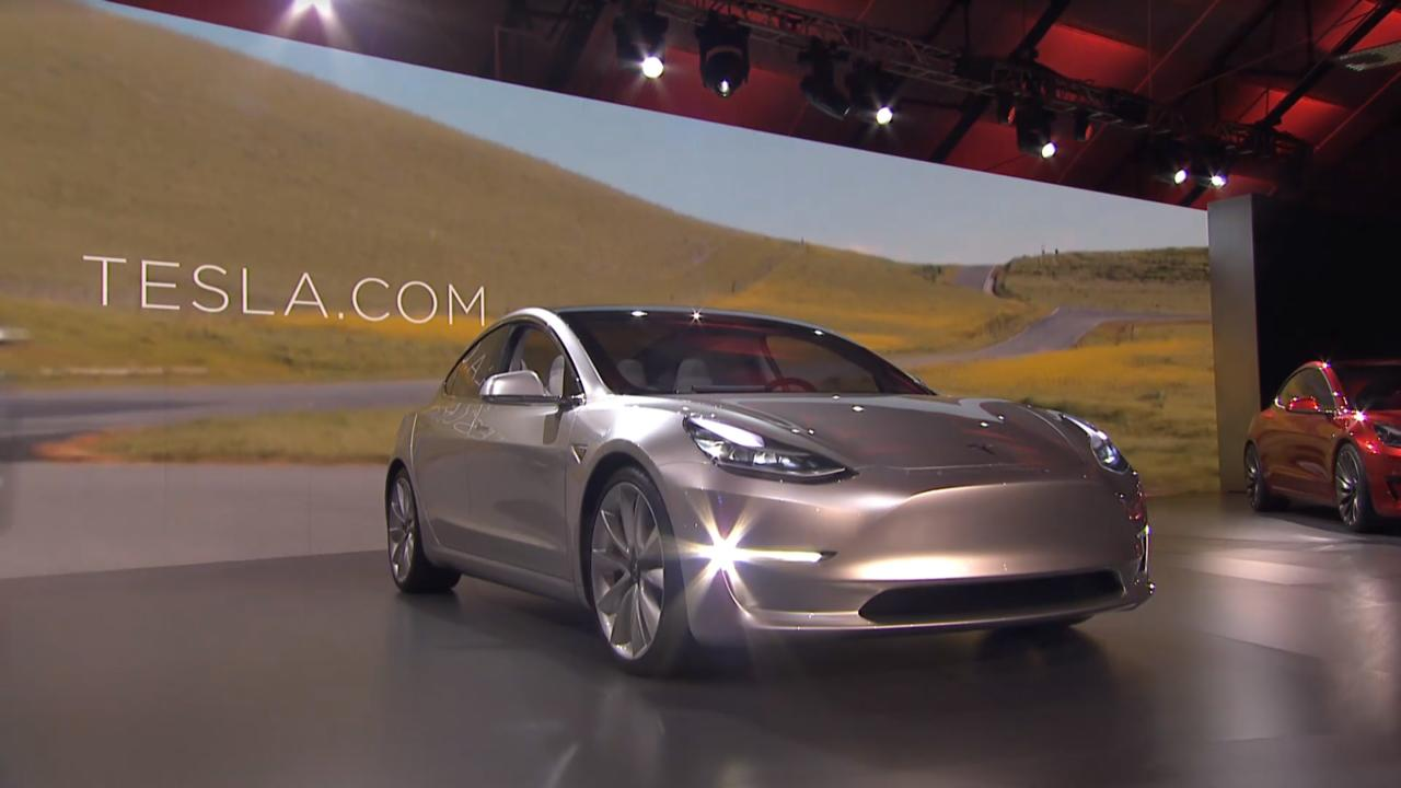Компания Tesla построит в КНР собственный завод