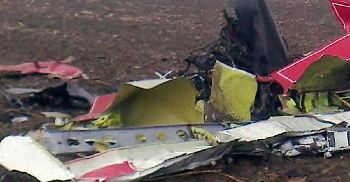 ВПортугалии взорвавшийся самолет упал насупермаркет, погибли пятеро