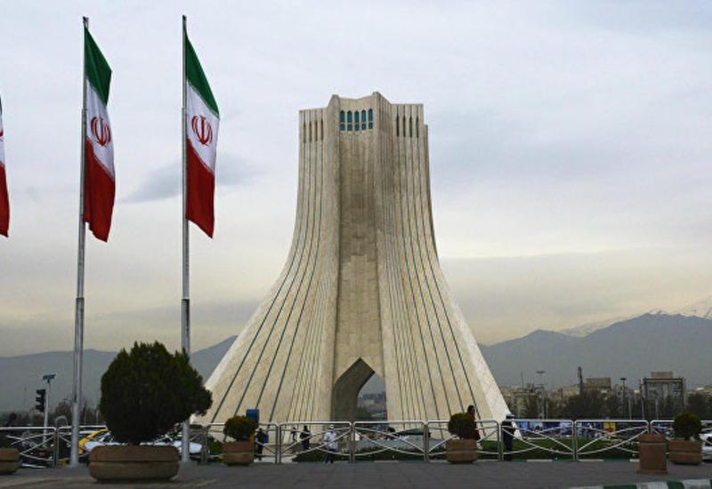 В Иране отменили решение не показывать дебаты кандидатов в прямом эфире