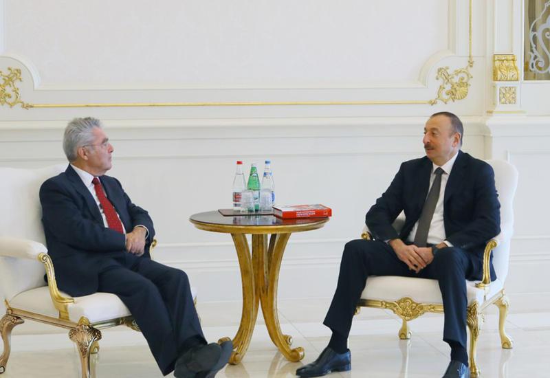 "Президент Ильхам Алиев принял экс-главу Австрии <span class=""color_red"">- ФОТО</span>"