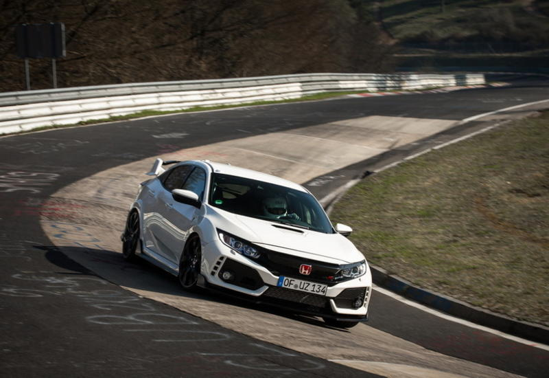 "Honda Civic Type R вернул себе звание рекордсмена Нюрбургринга <span class=""color_red"">- ФОТО</span>"