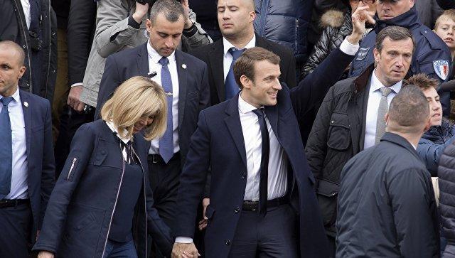 ЛеПен отстает отМакрона навыборах руководителя Франции