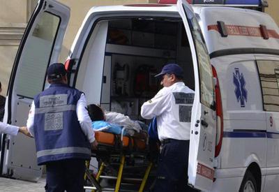 В Баку неизвестные избили мужчину