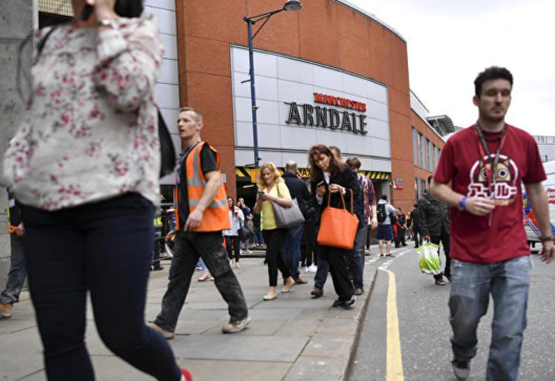 """Макрон назвал теракт в Манчестере """"атакой на молодость"""""""