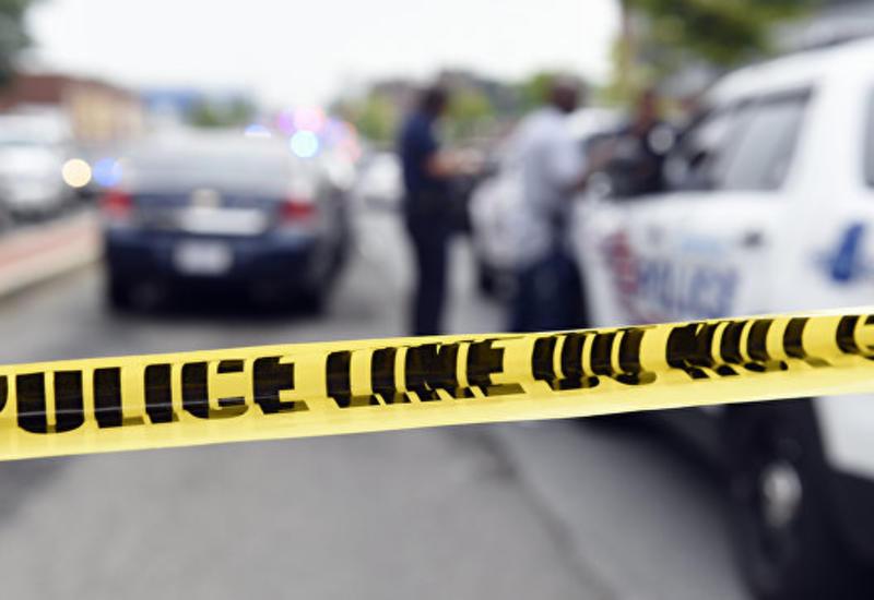 В Нью-Йорке неизвестный ранил ножом троих прохожих
