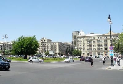 """Вниманию водителей: в Баку перекрыли бывший круг """"Бешмертебе"""""""