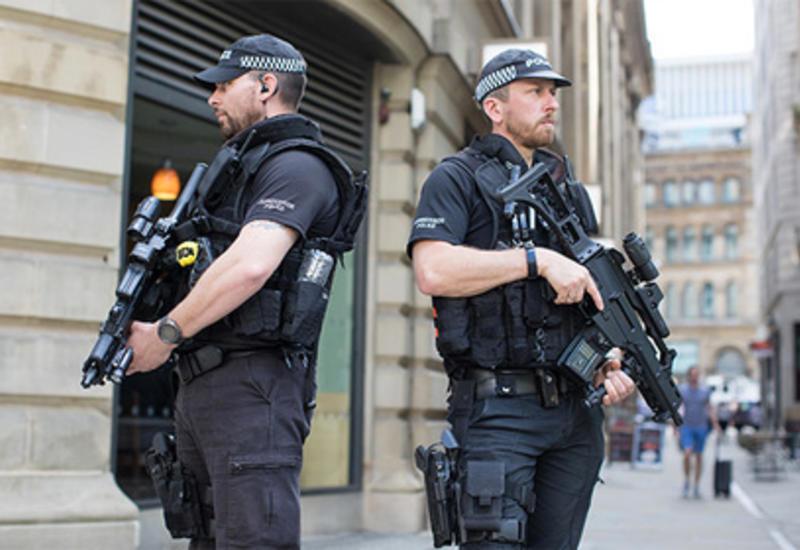 Британская полиция приостановила обмен информацией с США