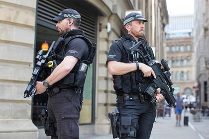 Милиция закрыла Вестминстерский дворец для посещений после теракта вМанчестере