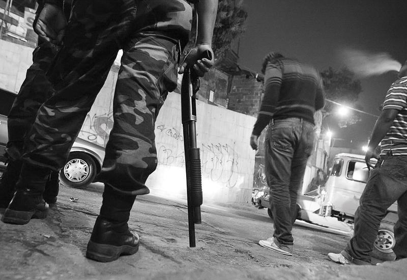 В Каракасе преступники устроили перестрелку с полицией