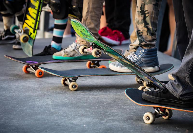 Скейтбордисты и мастера катания на роликах покажут класс в Баку