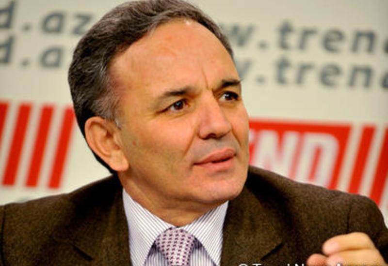 Афлатун Амашов: В Азербайджане интернет-ресурсы тоже несут ответственность, предусмотренную для печатных СМИ