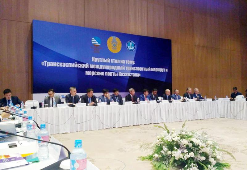 """Обсуждается увеличение грузопотока по Транскаспийскому транспортному маршруту <span class=""""color_red"""">- ФОТО</span>"""