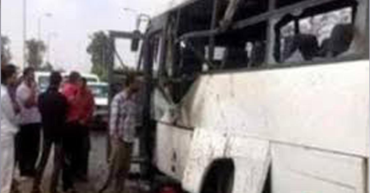 Неизвестные расстреляли автобус схристианами около монастыря наюге Египта