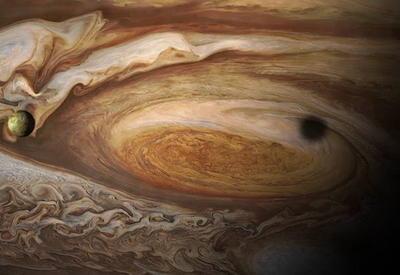НАСА порадовала землян удивительными фотографиями Юпитера