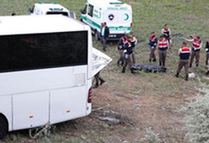 """Жуткая авария в Турции: есть погибшие и раненые <span class=""""color_red"""">- ВИДЕО</span>"""