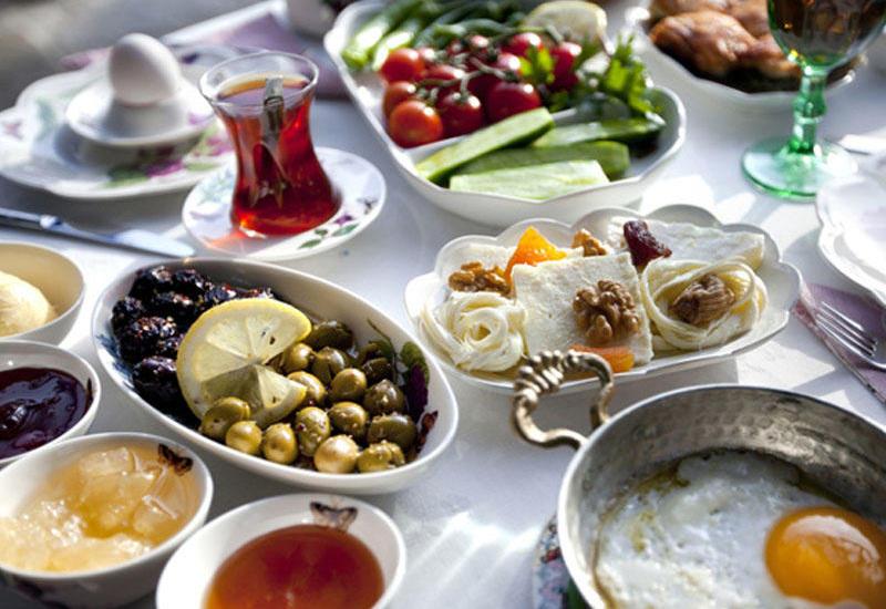 Ramazan ayında insanın qidalanma ilə bağlı 7 səhv addımı