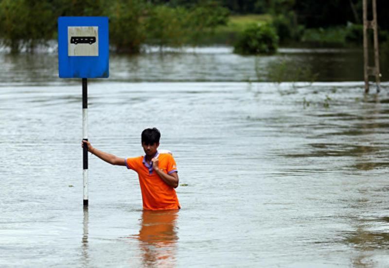 Число жертв наводнений на Шри-Ланке выросло до 164