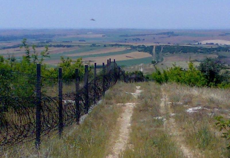 На границе Азербайджана с РФ установлены полицейские посты, идет операция