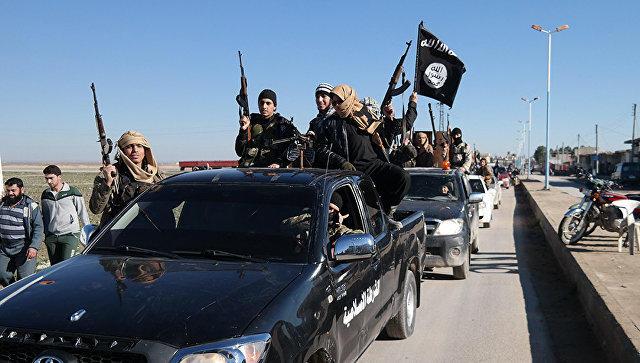 Корабли Военно-морского флота РФ нанесли удар пообъектам террористов вСирии