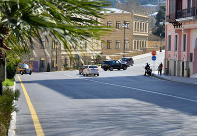 Запрещается парковка на ряде центральных улиц Баку