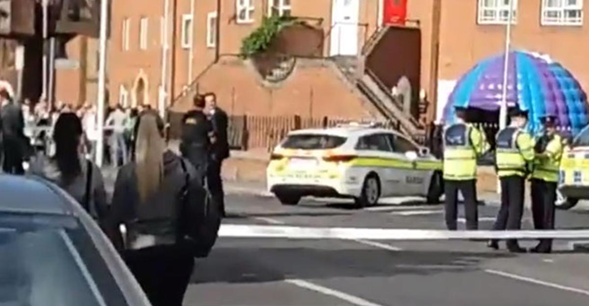 ВДублине обнаружили автомобиль сбомбой