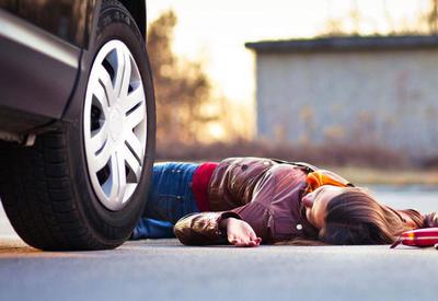 В Товузе автомобиль насмерть сбил женщину