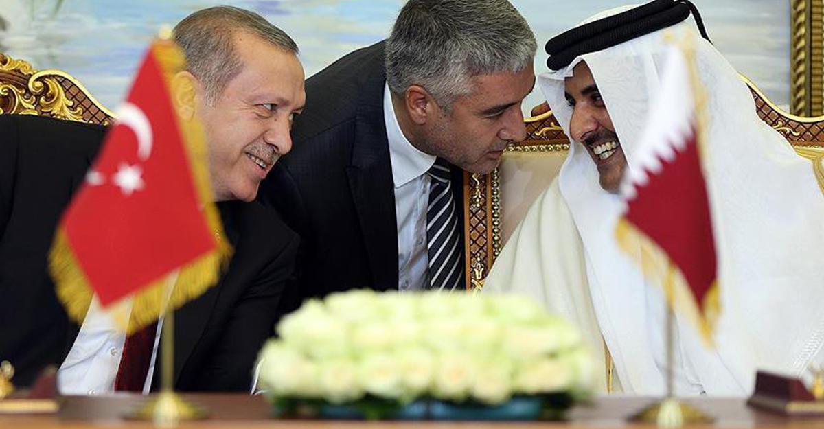 Парламент Турции одобрил отправку армии вКатар
