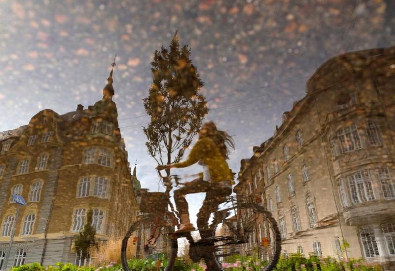 """Мир в отражениях после дождя: лирические городские пейзажи греческого фотографа <span class=""""color_red"""">- ФОТО</span>"""