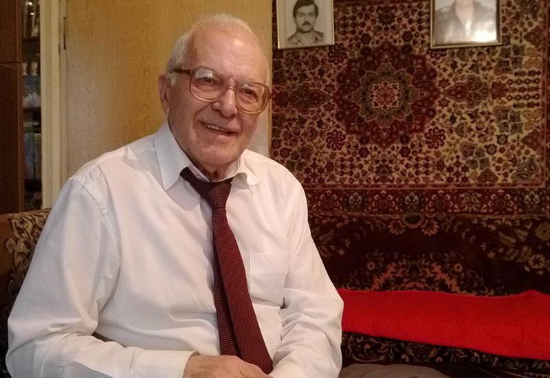 """Сиявуш Мамедзаде: Как говорил Низами, чем больше языков знает человек, тем больше он человек <span class=""""color_red"""">- ИНТЕРВЬЮ - ФОТО</span>"""