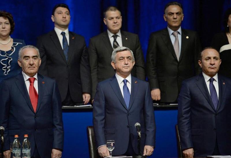 Армяне в ужасе: партия Саргсяна останется у власти до 2040 года