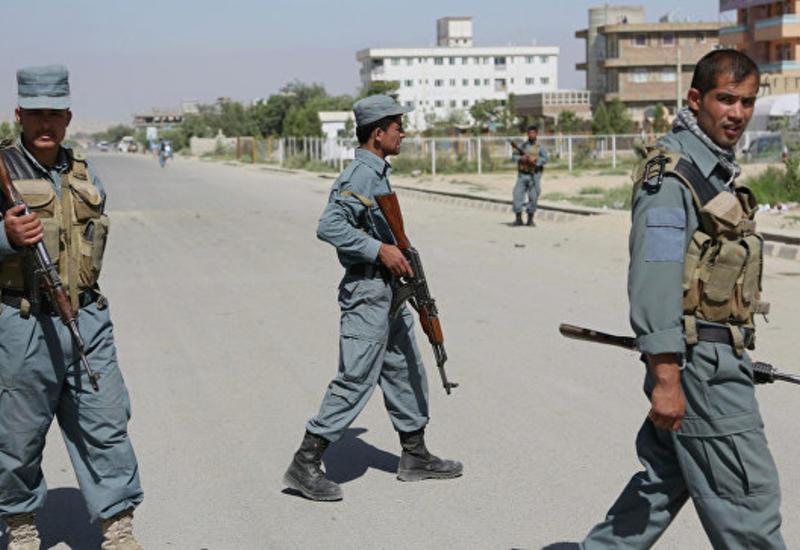 """Афганские военные освободили от """"ИГ"""" район, где был опорный пункт бен Ладена"""